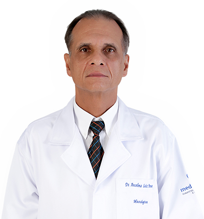 http://www.medquimheo.com.br/wp-content/uploads/2016/06/Dr.-Anselmo-Luiz-Pena.jpg