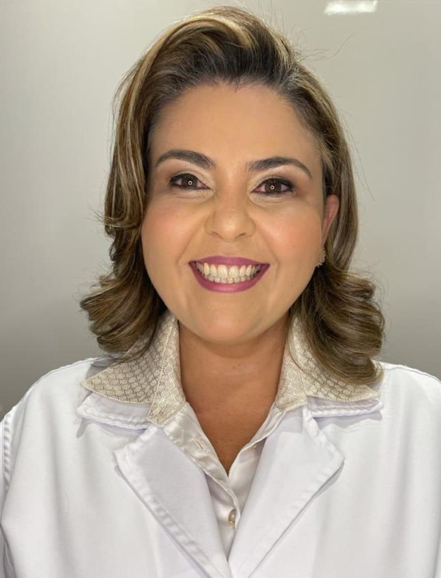 https://www.medquimheo.com.br/wp-content/uploads/2021/05/Prisces-Amelia-dos-Santos-Bitencourt-Amorim-Matos.jpeg